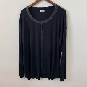 Kut From The Kloth Black Top Size L